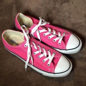 Pink converse!